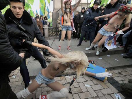 ukranian naked feminists police