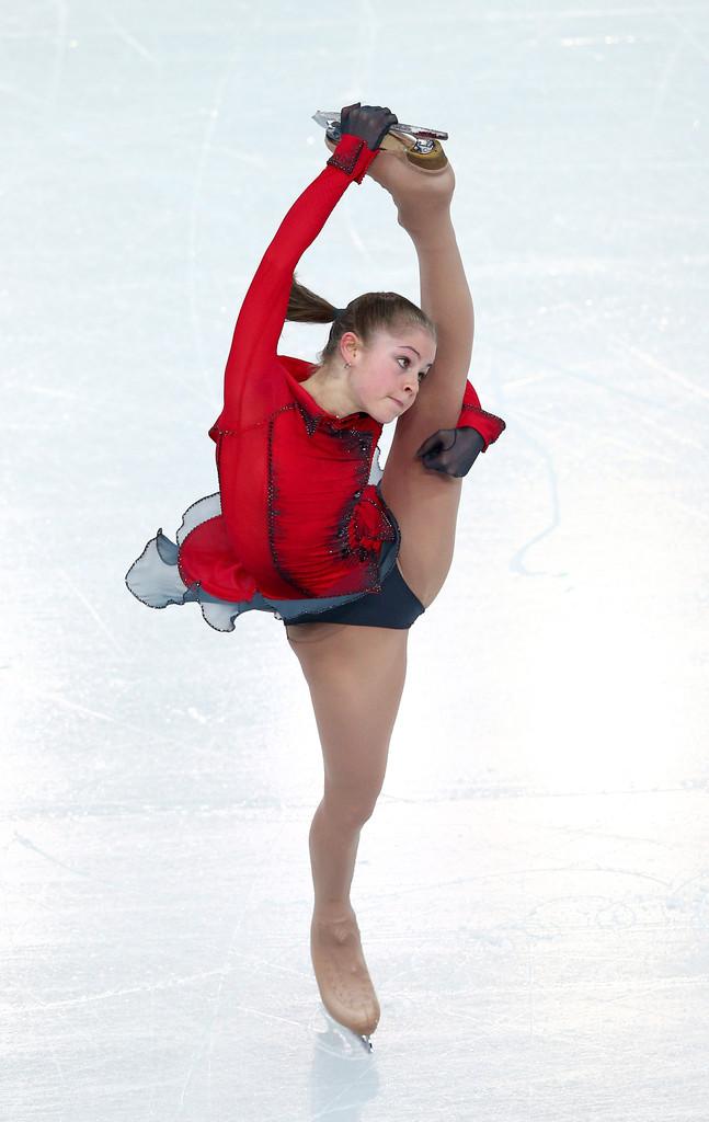 Julia_LIPNITSKAIA_team_event_olympics_sochi_2014-1