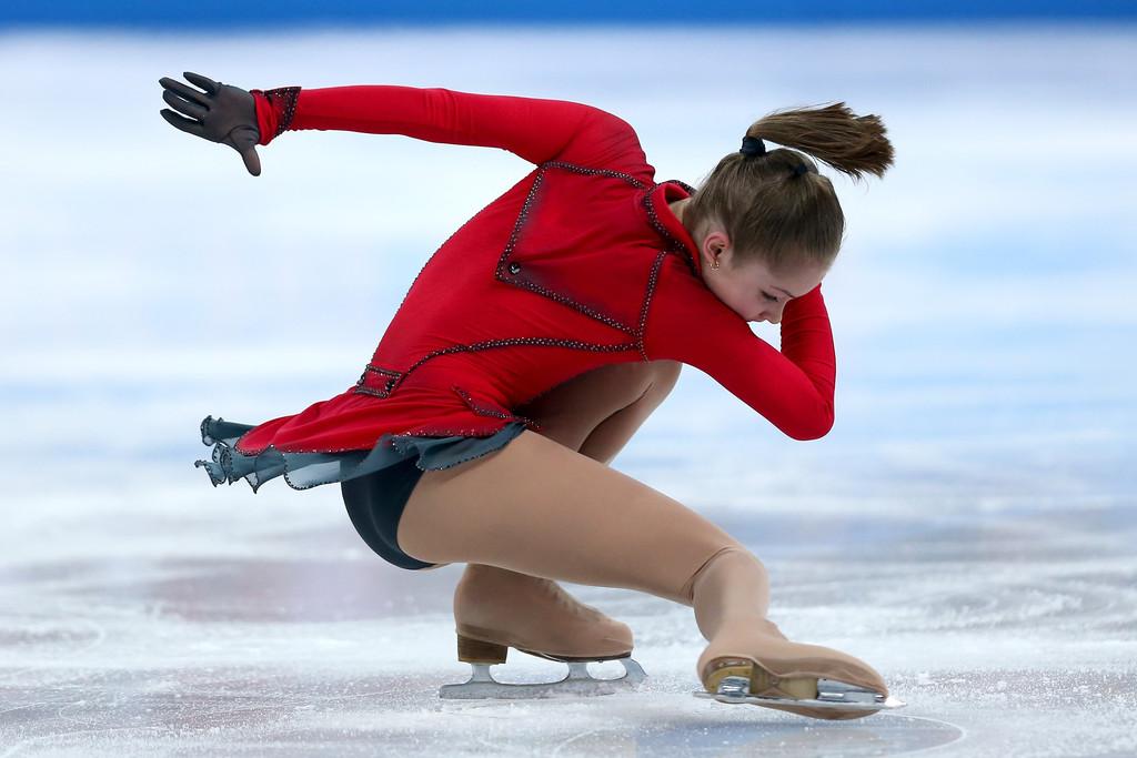 Julia_LIPNITSKAIA_team_event_olympics_sochi_2014-10