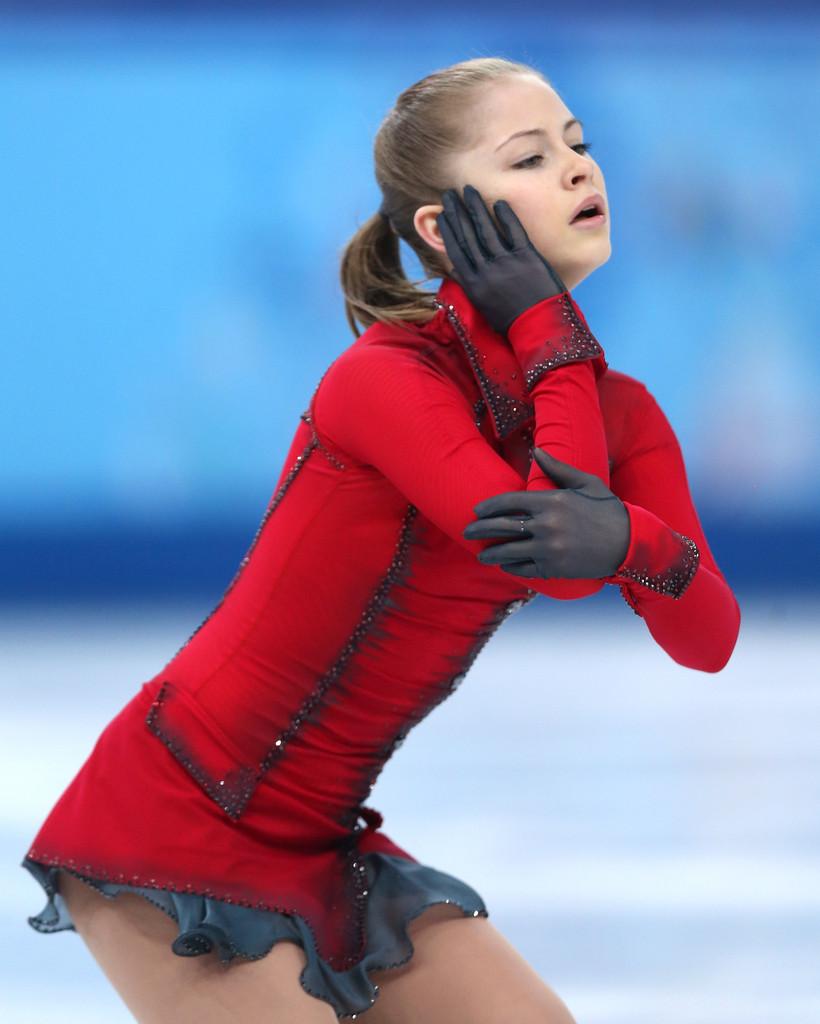 Julia_LIPNITSKAIA_team_event_olympics_sochi_2014-13