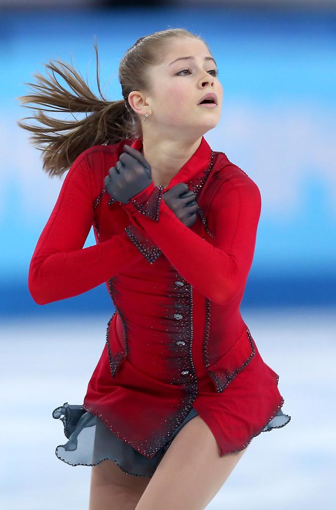 Julia_LIPNITSKAIA_team_event_olympics_sochi_2014-16