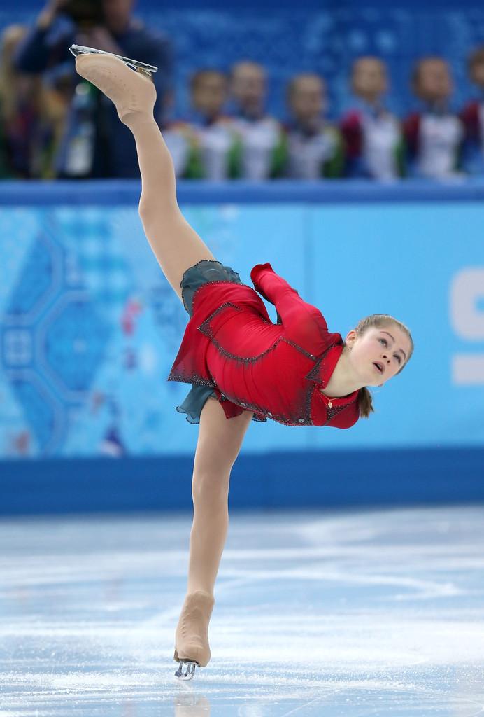 Julia_LIPNITSKAIA_team_event_olympics_sochi_2014-18