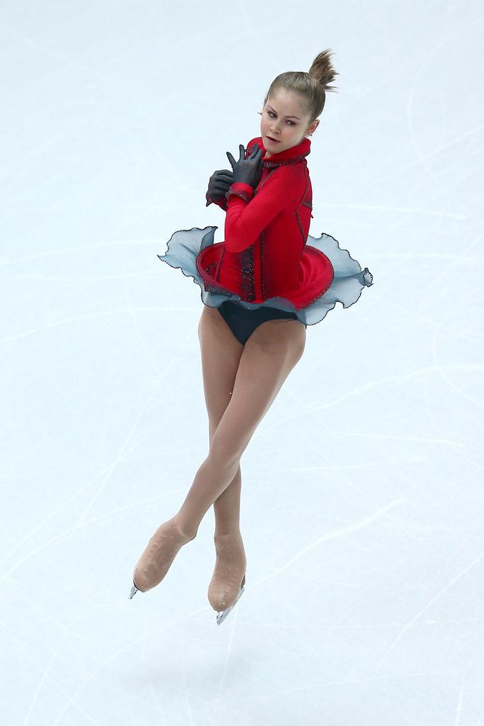 Julia_LIPNITSKAIA_team_event_olympics_sochi_2014-3