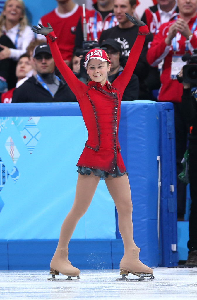 Julia_LIPNITSKAIA_team_event_olympics_sochi_2014-5