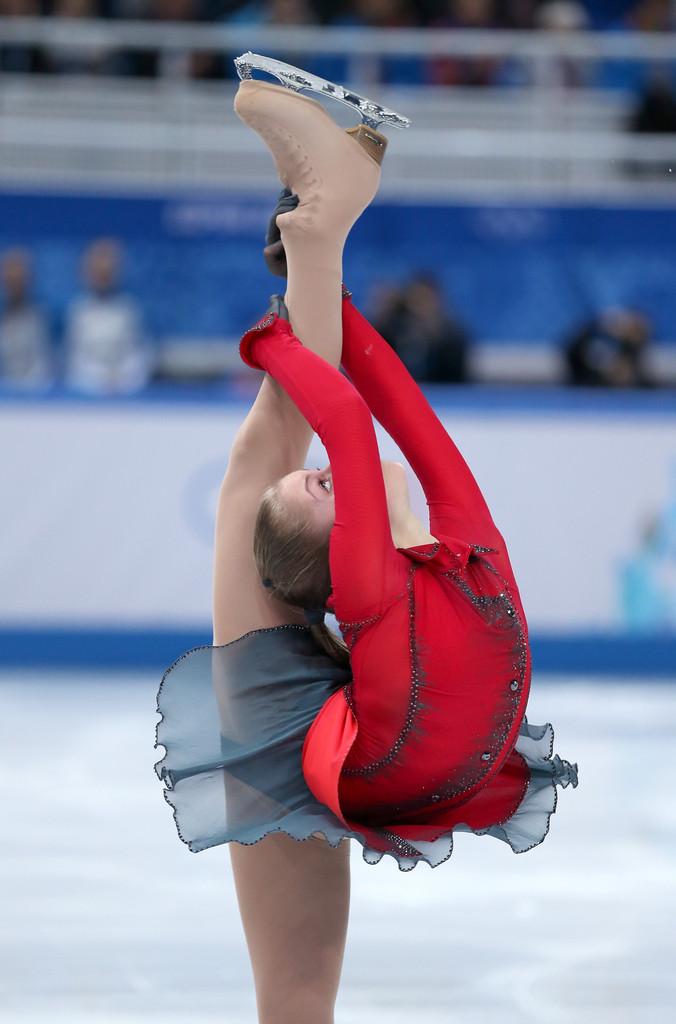 Julia_LIPNITSKAIA_team_event_olympics_sochi_2014-9