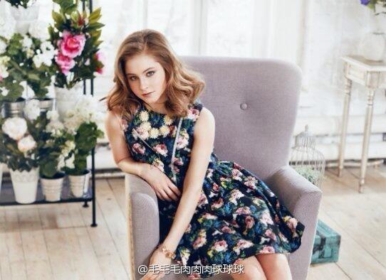 yulia-lipnitskaya-elle-magazine-04